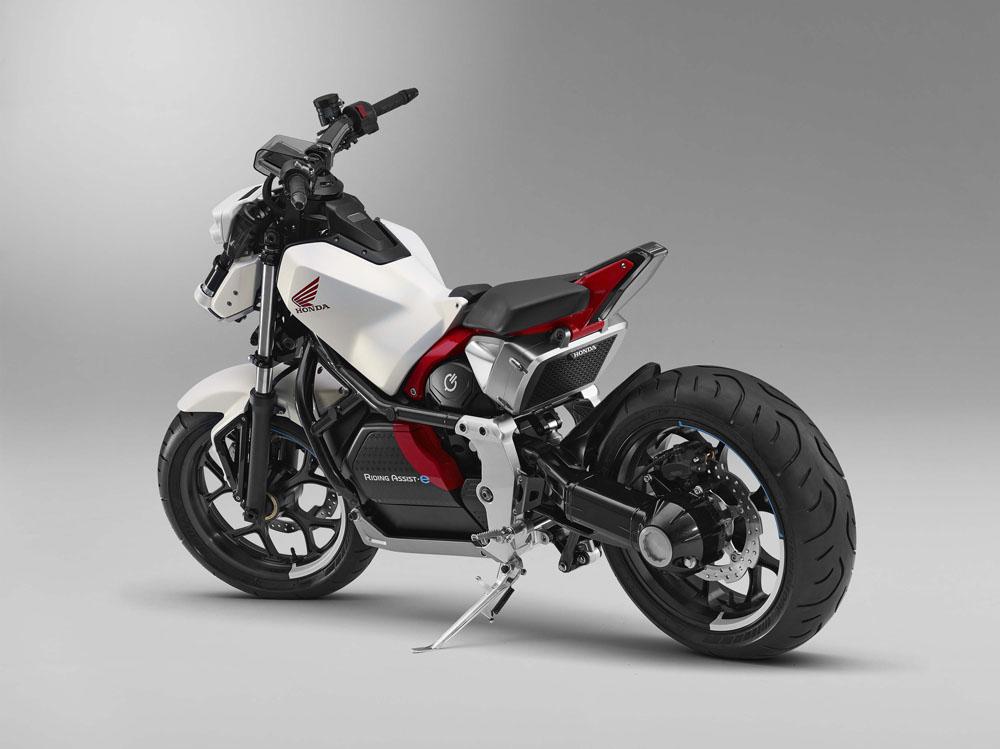 honda-riding-assist-e-02