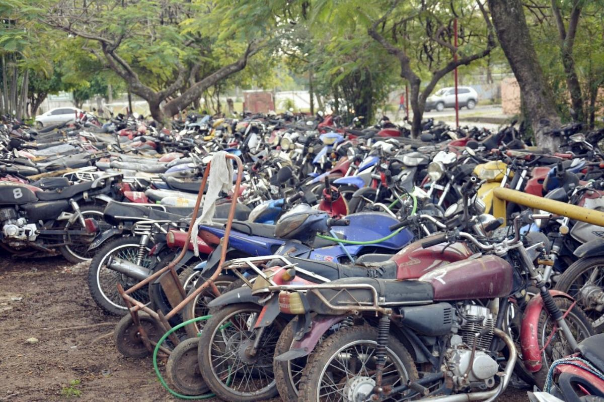"""Quieren cerrar un """"cementerio de motos"""""""