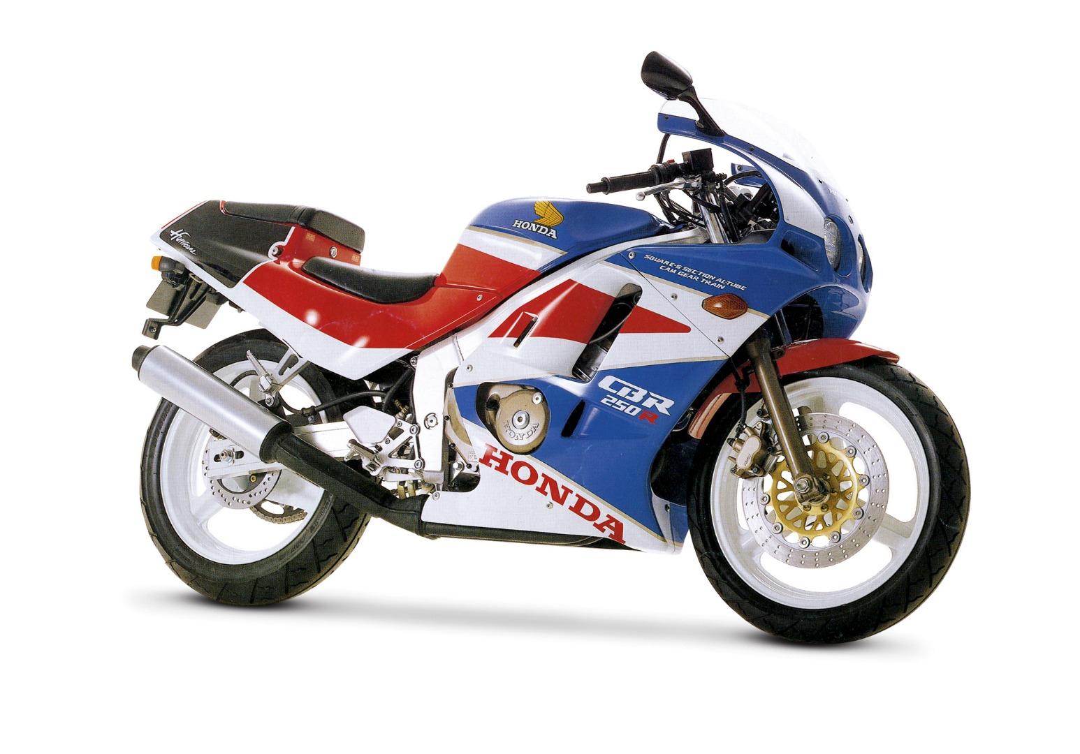 10 súper deportivas de 250 y 400 cc de otras décadas
