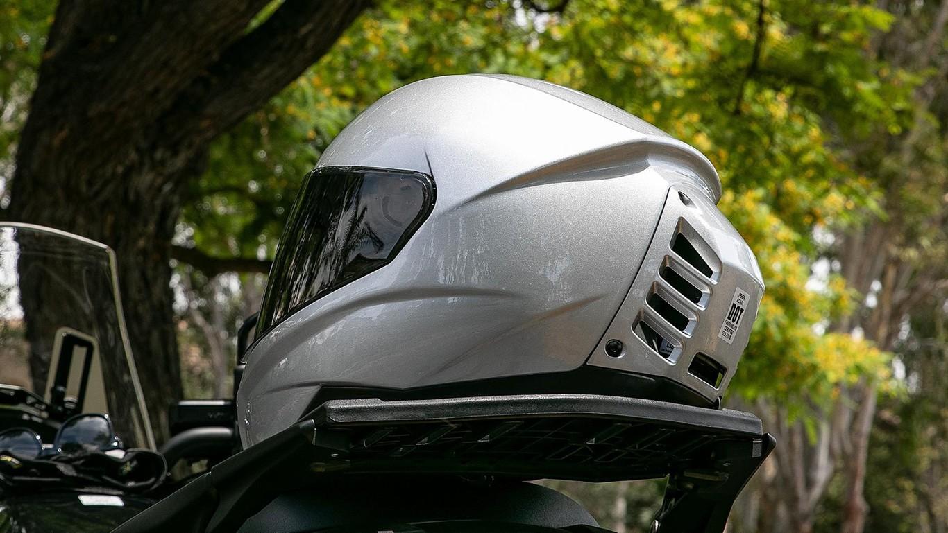 Feher ACH-1 el novedoso casco con aire acondicionado