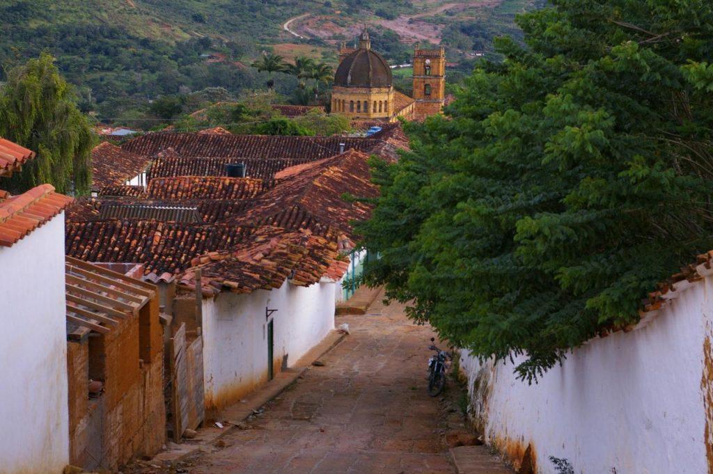 746 Cinco viajes Colombia Barichara Santander