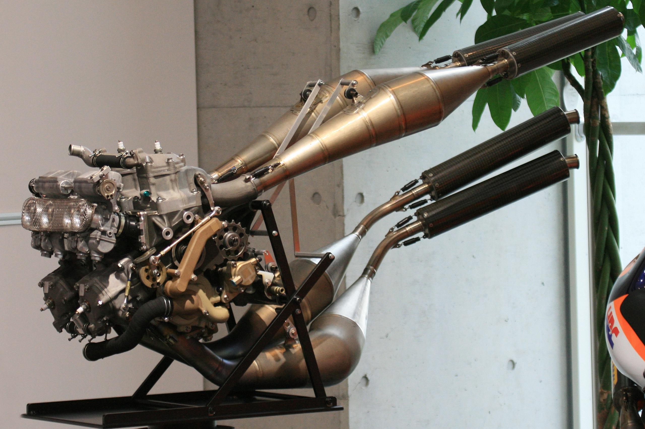 347 Honda NS R500 motor