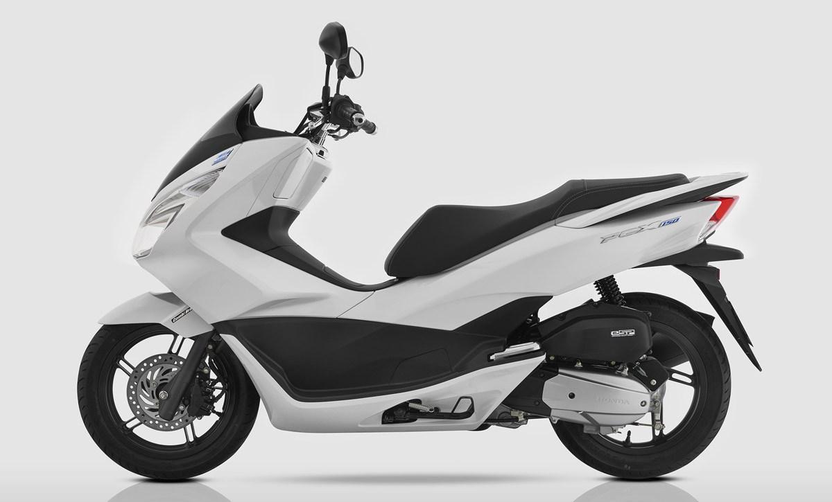 421 Honda PCX 150 01