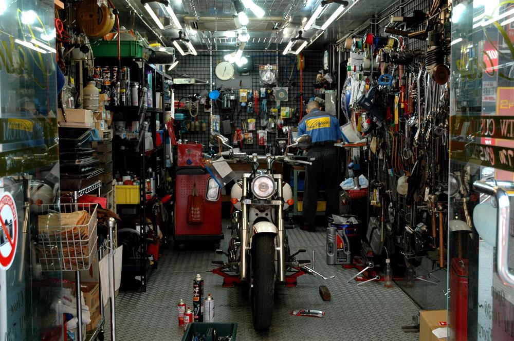 503 Taller Motos 02